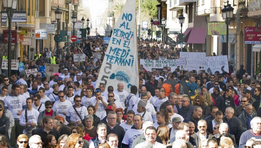 Más de cinco mil personas han participado en la manfiestación convocada