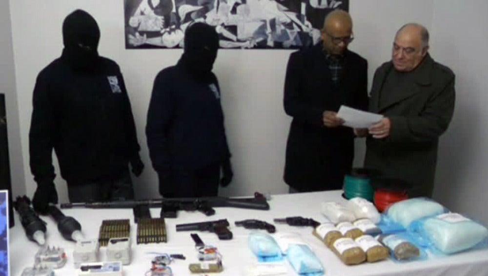 Los terroristas, con los supuestos verificadores