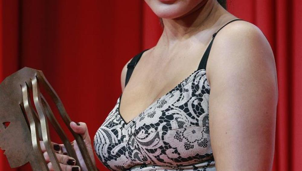 Inma Cuesta recibe el Fotogramas de Plata a la mejor actriz de cine por '3 Bodas de Más'