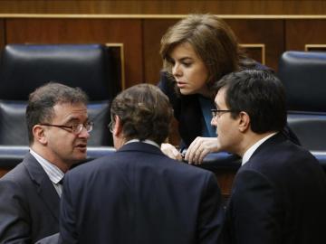 Los grupos parlamentarios muestran su división en el tema catalán