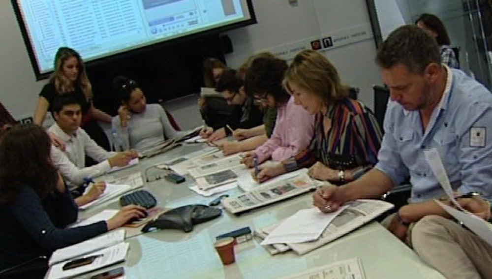 Reunión de escaleta de Noticias Fin de Semana