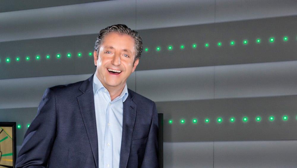 Josep Pedrerol dirige Jugones