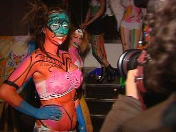 Desfile de body painting en Montserrat