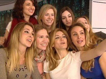 Selfie del equipo de Noticias Fin de Semana