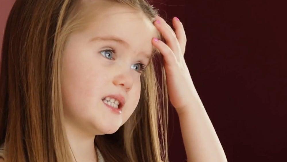 Emily James decidió donar su pelo para que los niños con cáncer no estuvieran tristes