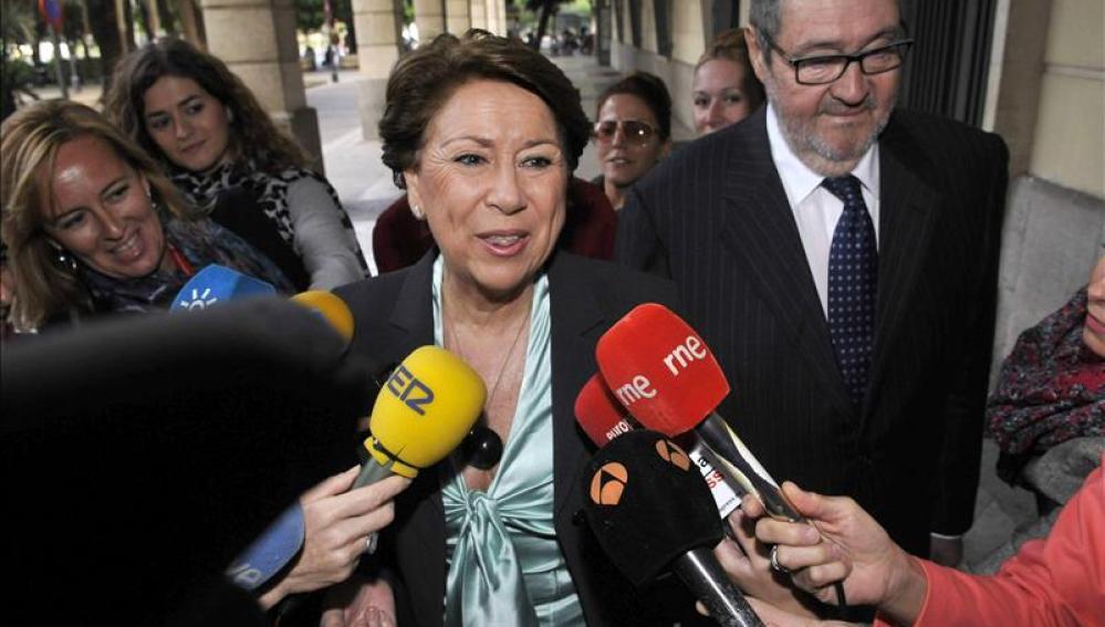 """Magdalena Álvarez declara su """"absoluta inocencia"""" en los ERE"""