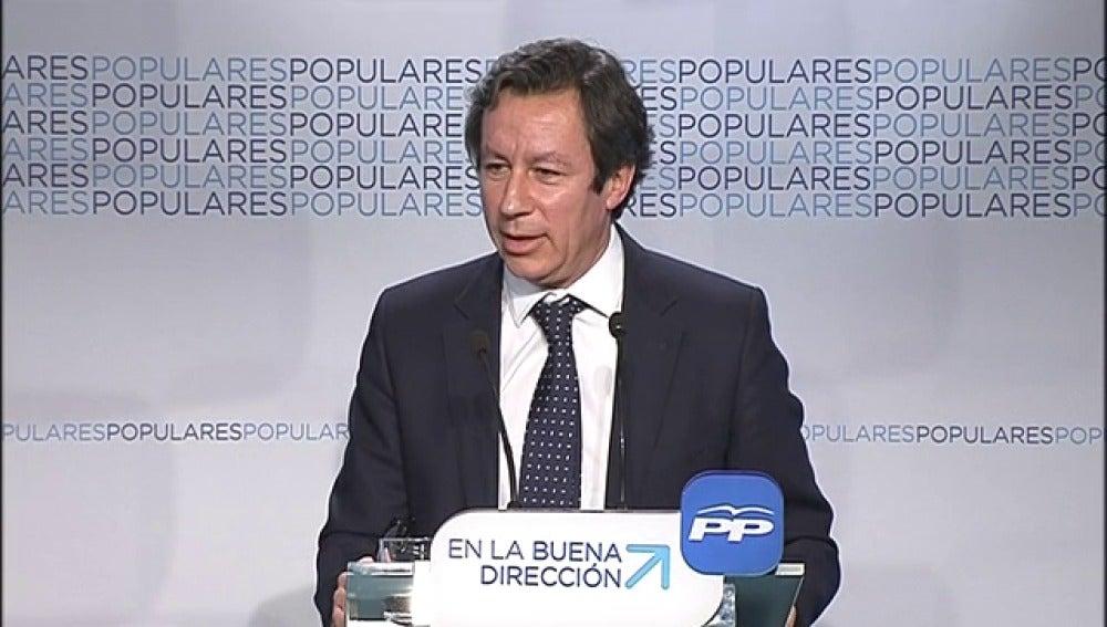 """Floriano dice sentirse """"muy cómodo"""" sin candidato, en campaña electoral"""