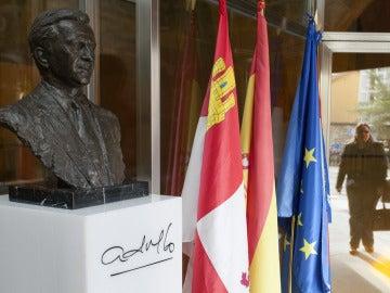 Busto de Adolfo Suárez en su museo en Cebreros