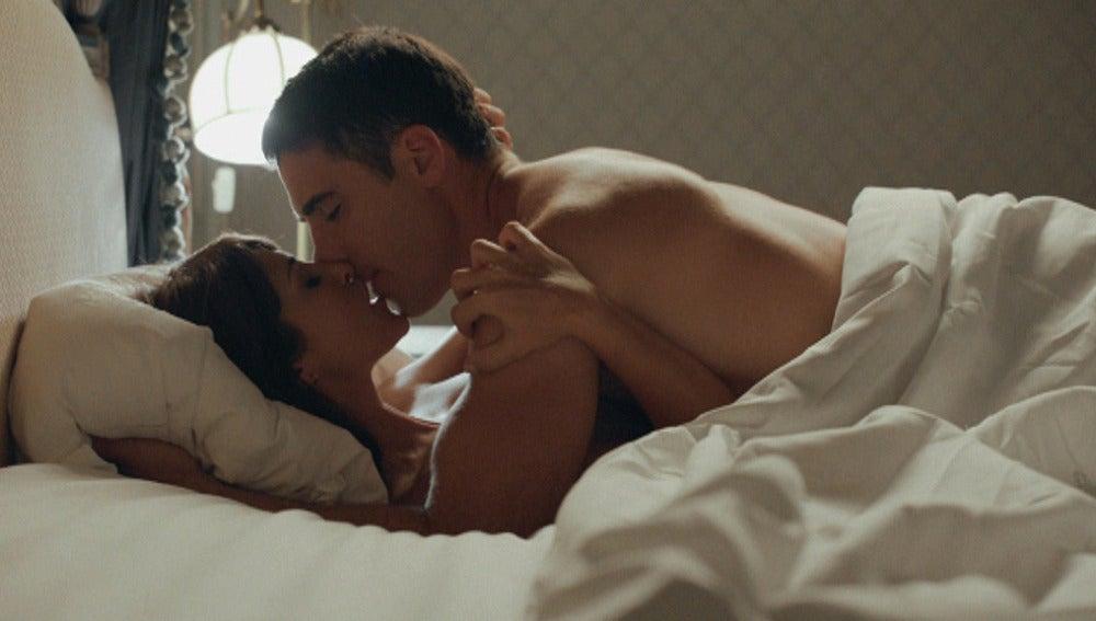 Ana y Alberto hacen el amor