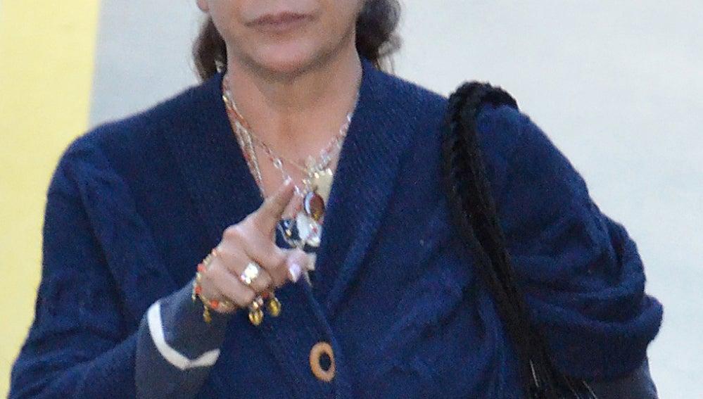 Isabel Pantoja enfadada con la prensa