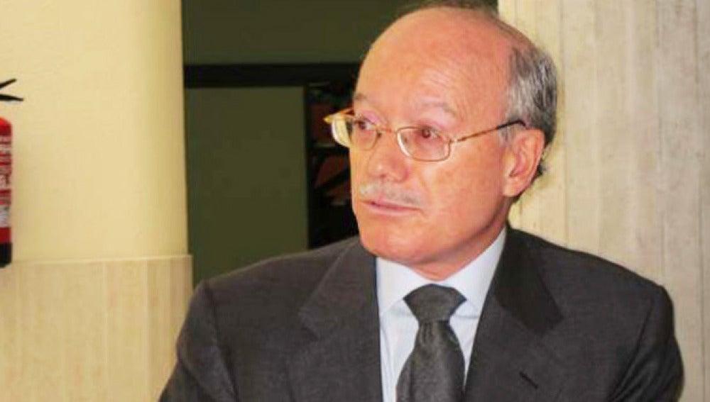 El presidente del Instituto de Estudios Económicos, José Luis Feito