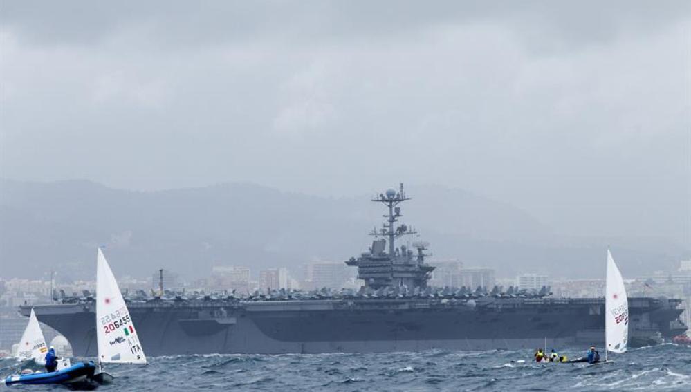 Vista del portaaviones 'Harry Truman' que ya está en Mallorca