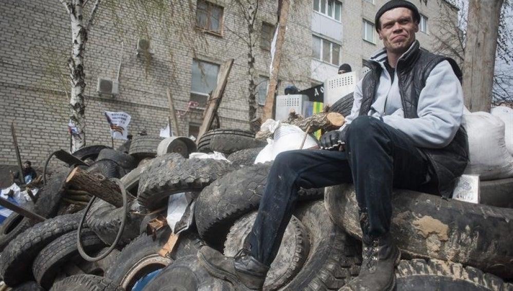 Un separatista prorruso en Ucrania.