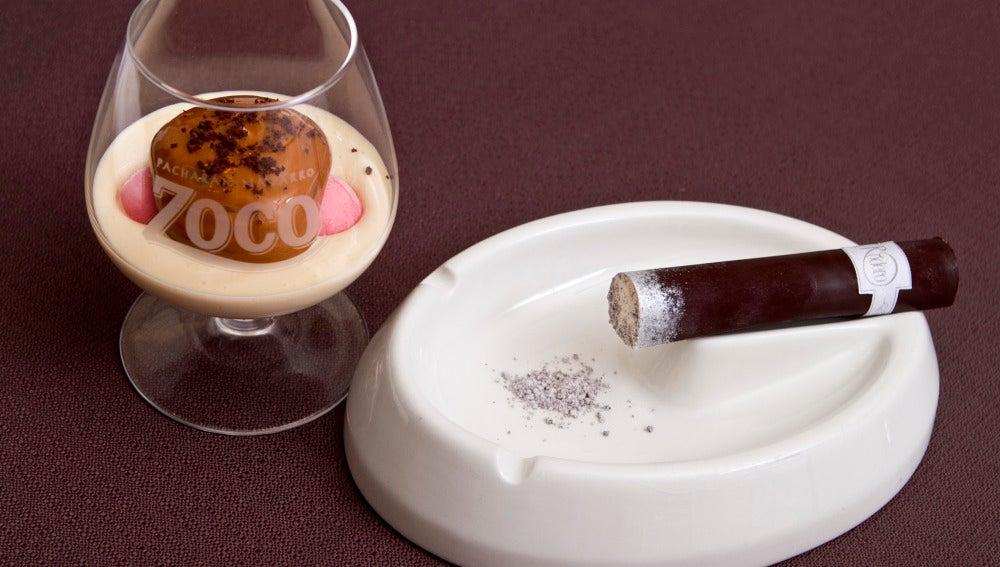 El flan con pacharán de Koldo Rodero se acompaña de un puro de chocolate.