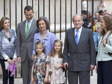 La Familia Real, a excepción de los duques de Palma, en la catedral