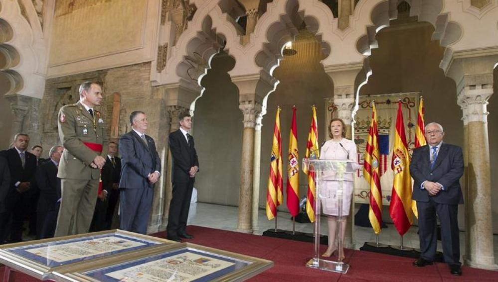 La presidenta de Aragón durante su discurso institucional