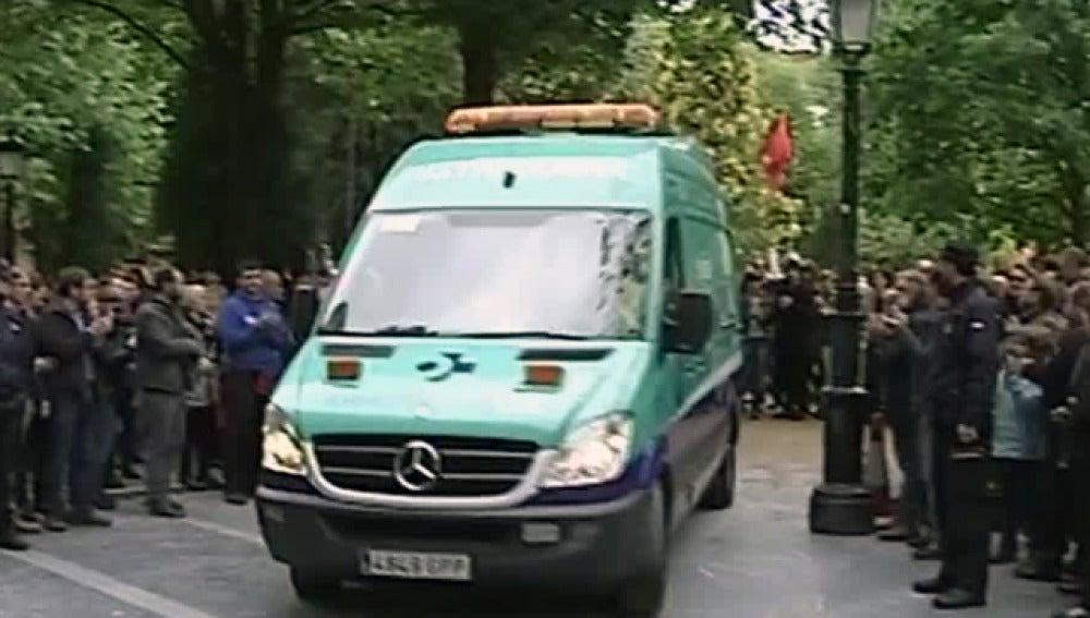 Garitano, trasladado en ambulancia