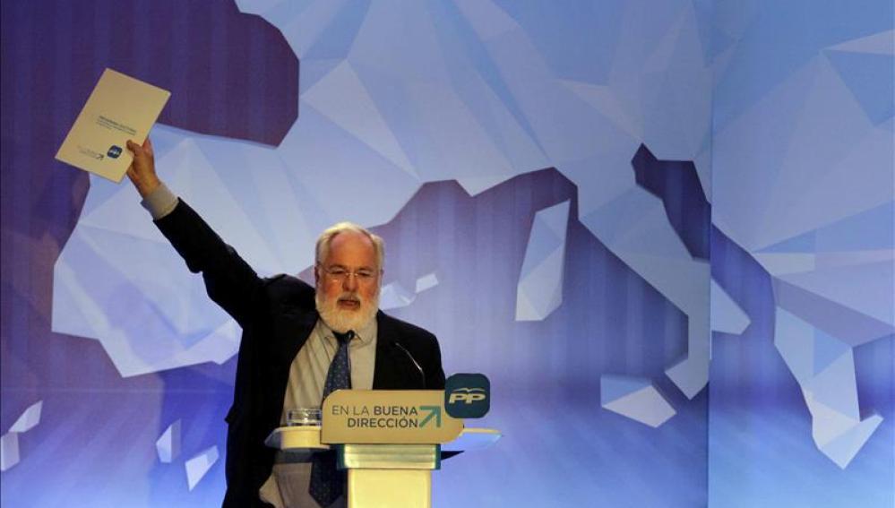 Arias Cañete presenta su programa electoral europeo