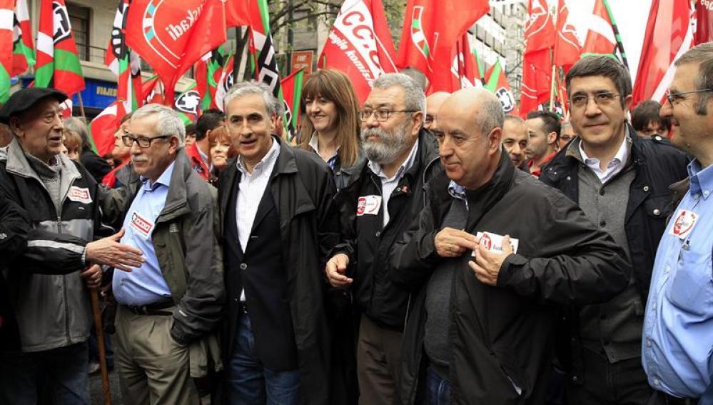 Ignacio Fernández Toxo y Cándido Méndez, en la marcha por el Día del Trabajo de 2014