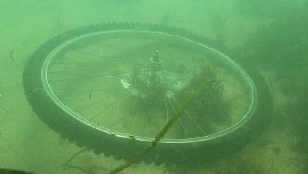 Una rueda en el fondo marino de Europa