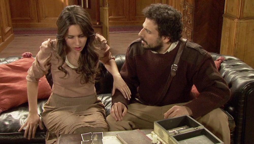 Aurora y Conrado descubren una foto de Jacinta con Lesmes