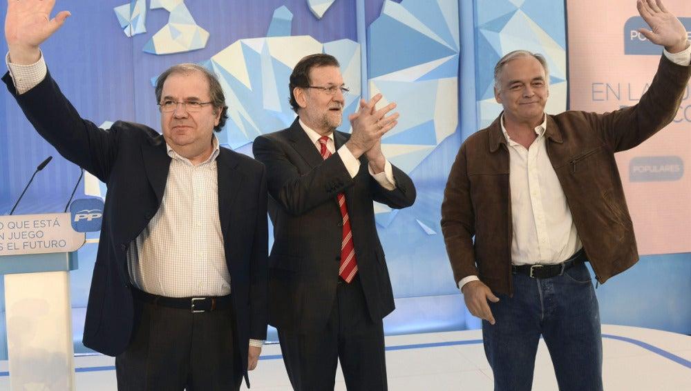 Mariano Rajoy, con Pons y con el presidente de la junta de Castilla y León