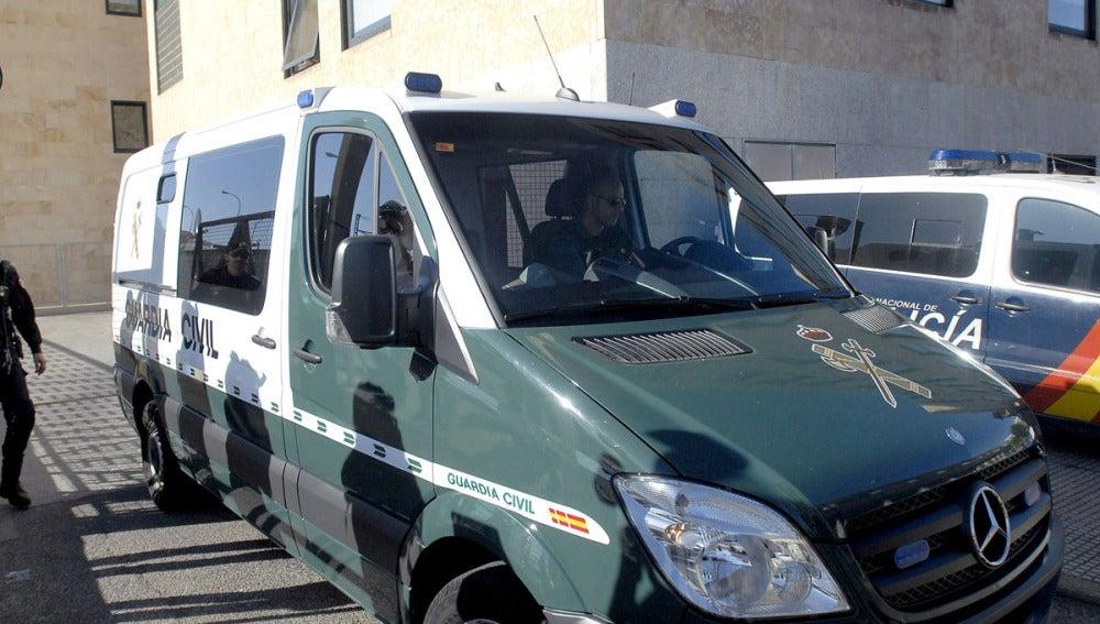 La Guardia Civil saca a Raquel Gago de los juzgados