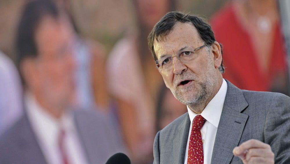 Mariano Rajoy, en un mitín en Sevilla