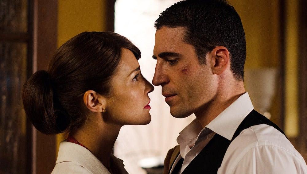 Inevitablemente, Ana y Alberto se siguen mirando con amor