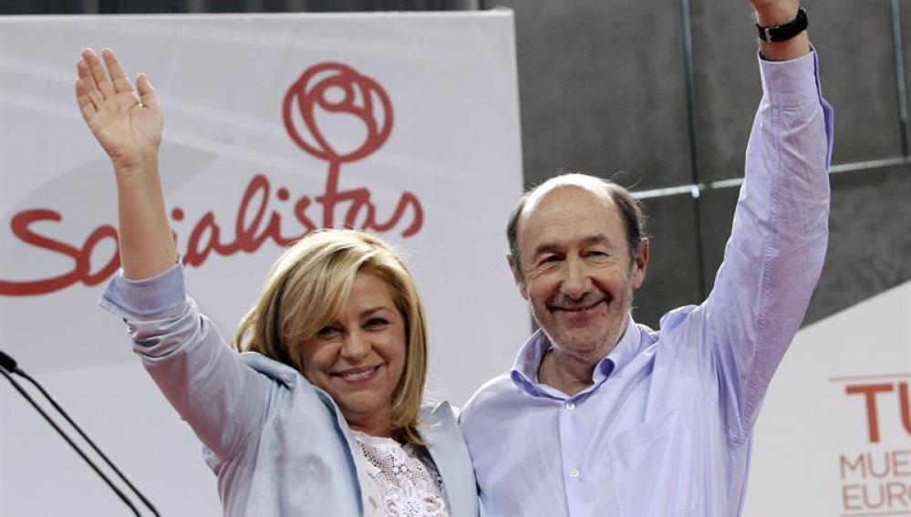 Rubalcaba y Valenciano, en uno de los actos de cierre de campaña