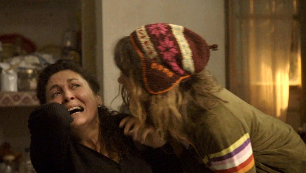 Fernanda pierde los nervios con Trini