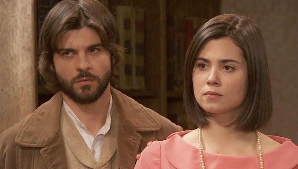María y Gonzalo se presentan ante Francisca, ¿qué tendrán que decirle?