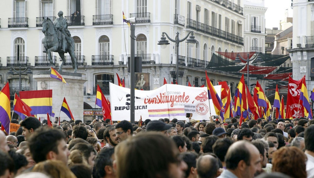 Manifestaciónn republicana en la Puerta del Sol
