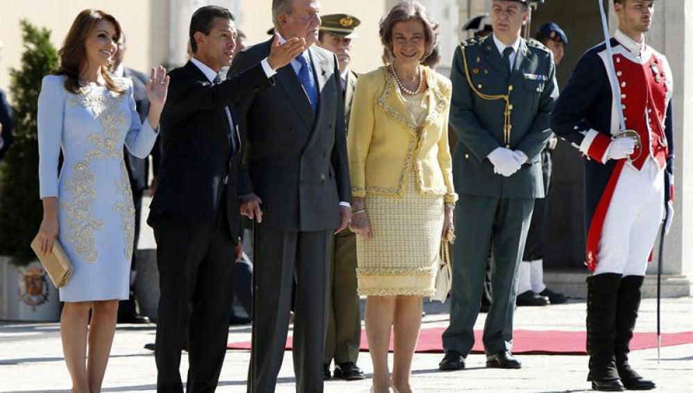 El Rey recibe al presidente de Mexico.