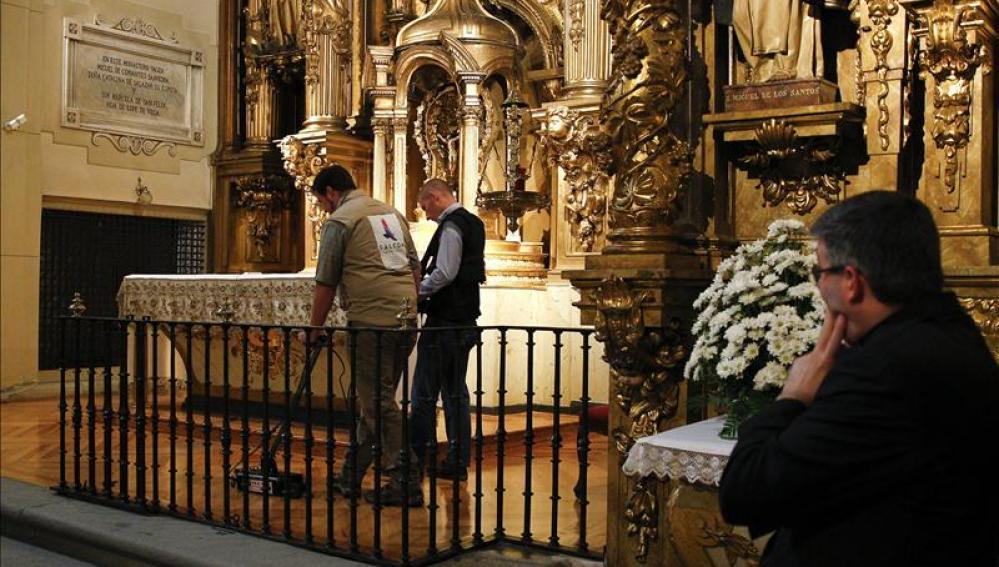 Casi cuatrocientos años después de la muerte de Miguel de Cervantes, se buscan sus restos mortales Casi cuatrocientos años después de la muerte de Miguel de Cervantes, se buscan sus restos mortales