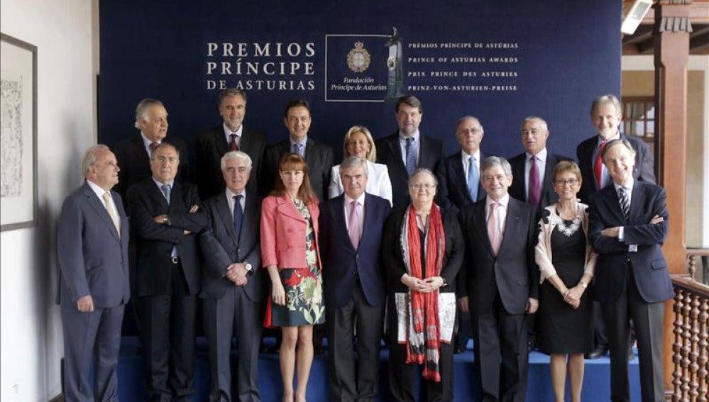 Jurado de los Premios Príncipe de Asturias.