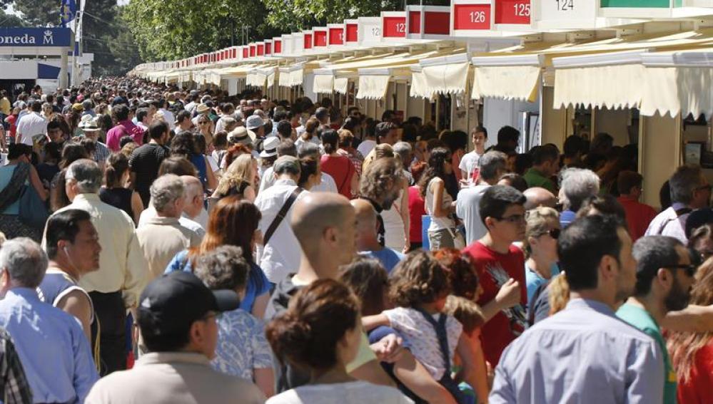 La Feria del Libro de Madrid registra un incremento de ventas del 5% respecto al año pasado