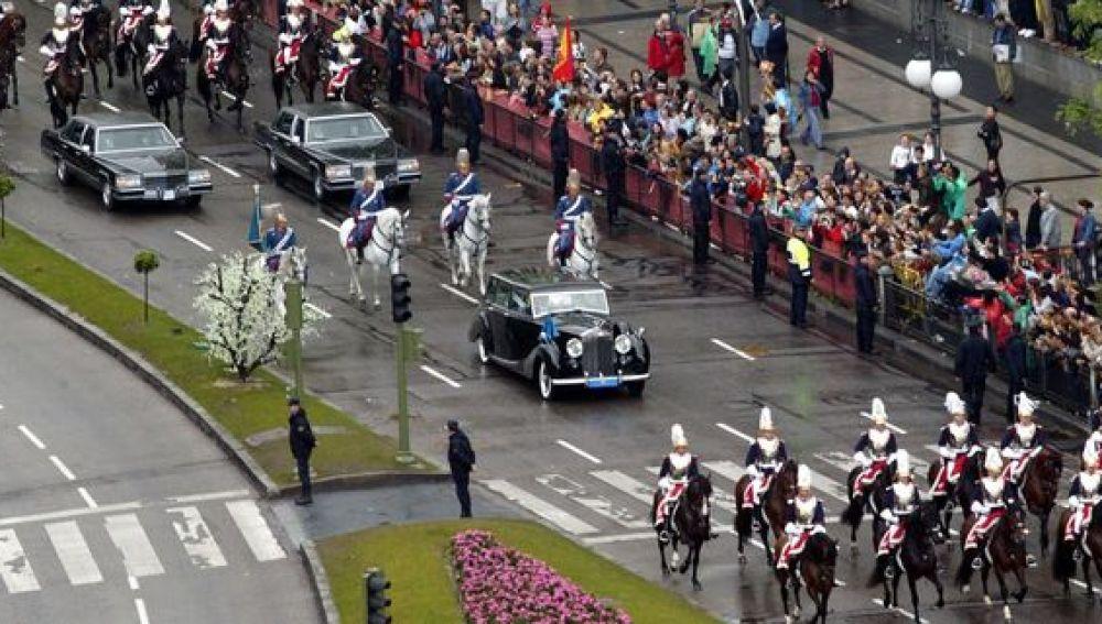 Recorrido de los Príncipes de Asturias en su boda