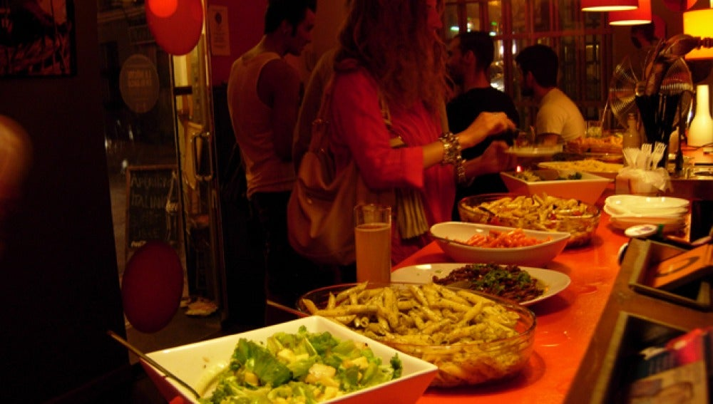 El 'aperitivi' italiano de El Naranja, un clásico de la capital.
