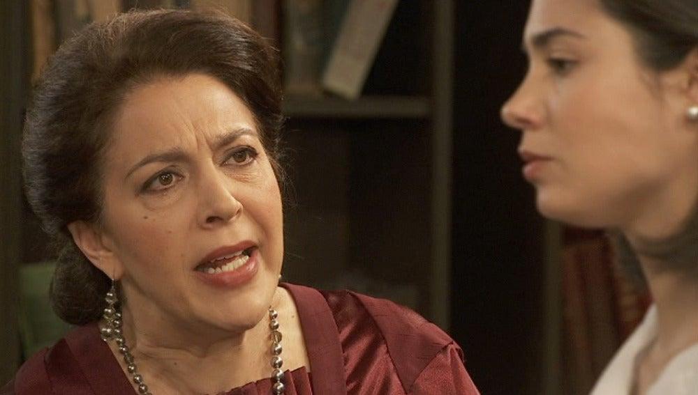 Francisca a María: Vas a cometer el mayor error que jamás pudieras imaginar
