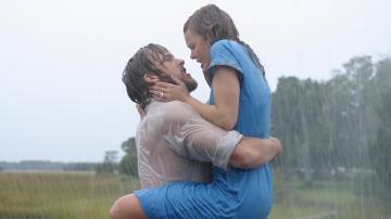 Gosling y McAdams en una de las escenas más intensas de 'El Diario de Noa'