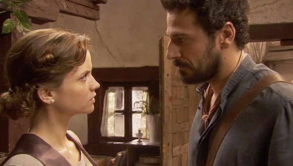 Conrado le da un ultimátum a Alicia