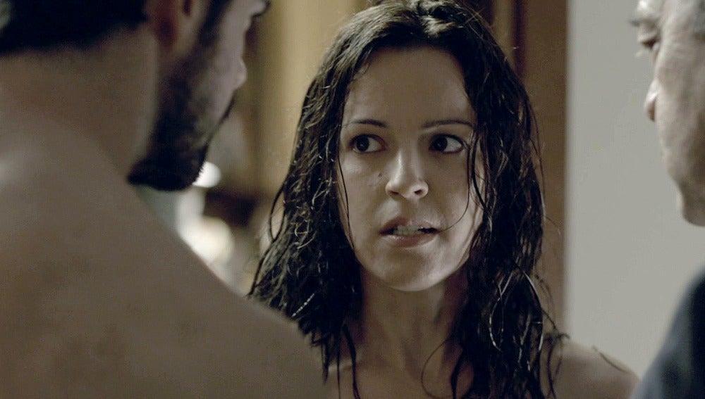 Amparo confiesa estar embarazada después de una noche de sexo con Bruno
