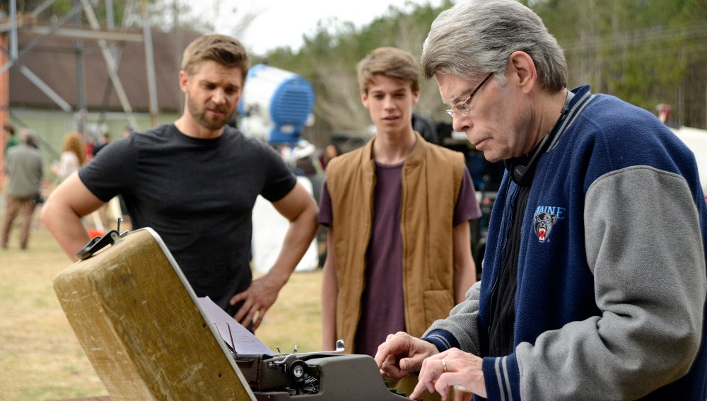 Mike Vogel y Colin Ford con Stephen King