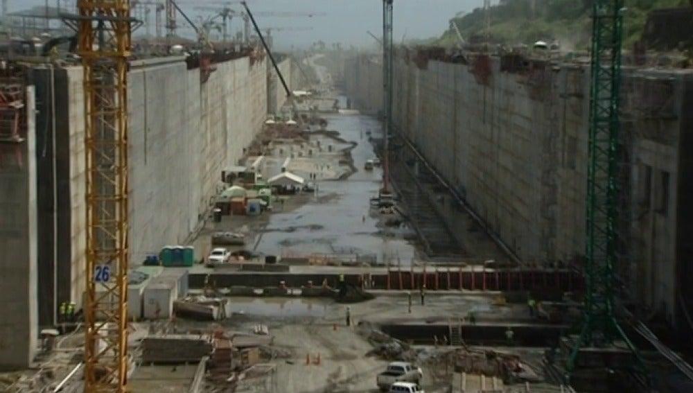 Continúan las obras en el Canal de Panamá