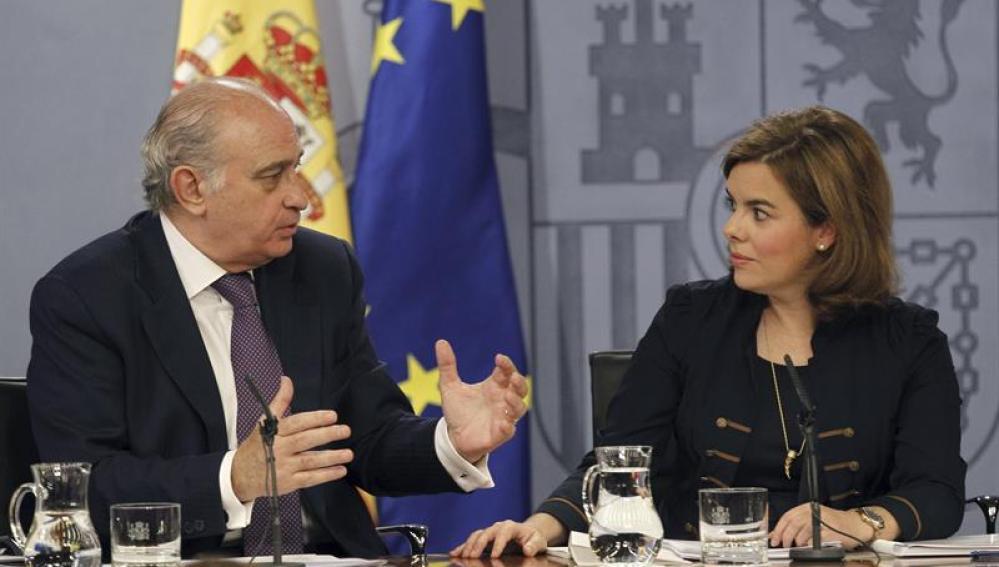 Jorge Fernández Díaz y Soraya Sáenz de Santamaría