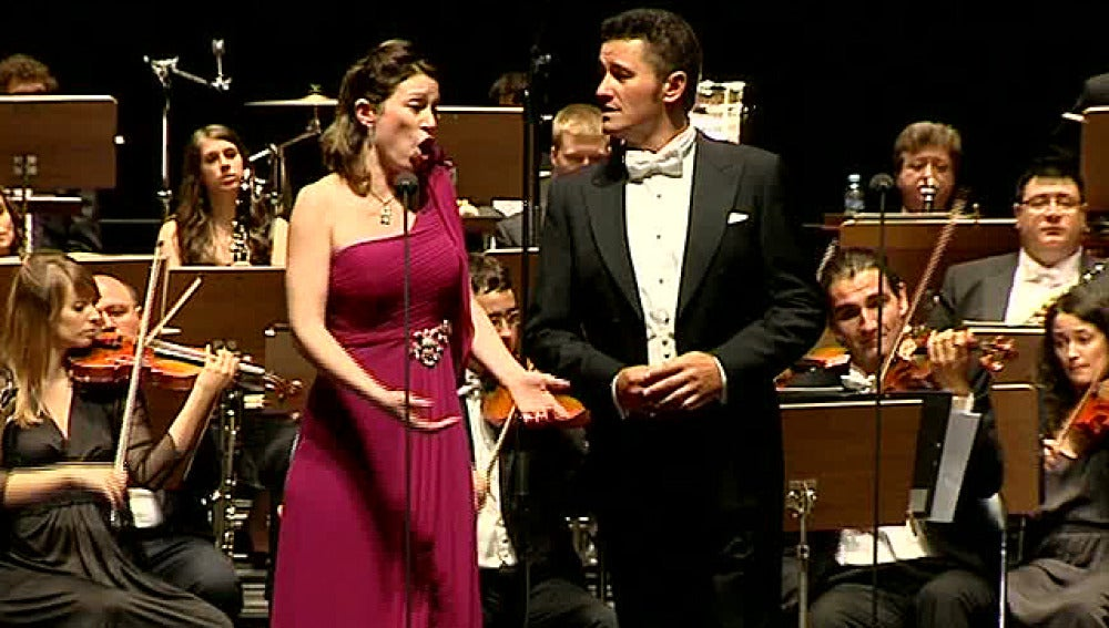 Piotr Beczala y Erika Grimaldi, durante su actuación en Perelada