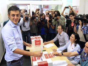 Eduardo Madina votando