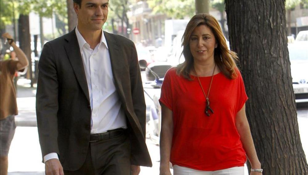 Pedro Sánchez con Susana Díaz en Ferraz