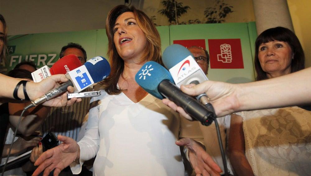Susana Díaz comparece ante los medios